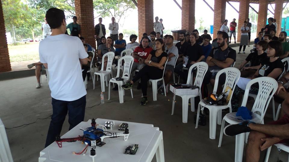 Dronecode e Ardupilot: dois projetos open source para drones que